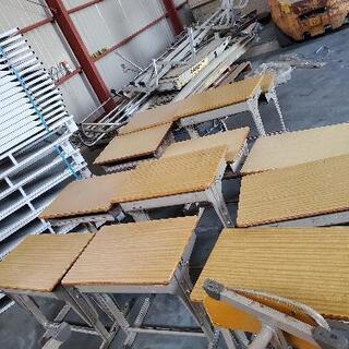 学校の机 椅子