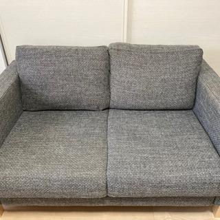 IKEA二人がけソファ