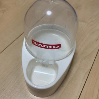 小動物用水飲み器
