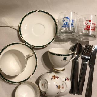 コーヒーカップ、湯呑み、グラス、カラトリー