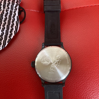 腕時計 VERSUS