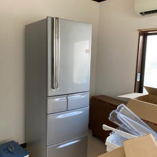 大きな冷蔵庫405L TOSHIBA 2009年式の画像
