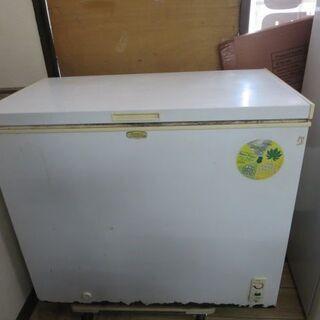 ストッカー冷凍庫 205L 2010年製