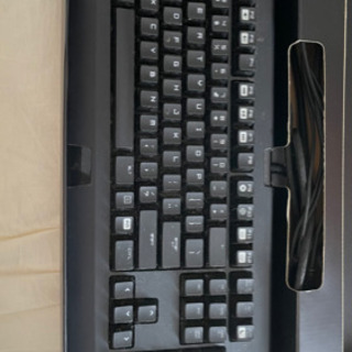 ゲーミングキーボード razor BlackWidow 2…