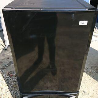 冷凍冷蔵庫 2ドア Haier 2014年製 138L 右開き...