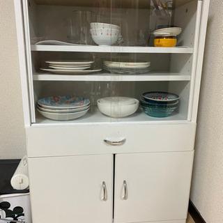 食器棚 ニトリ商品 綺麗に使ってました 無料