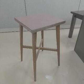 【お渡し予定者決定】小さめのテーブル③