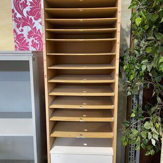 ¥1000(税込)で譲ります。中古A4サイズ書類収納棚x1台