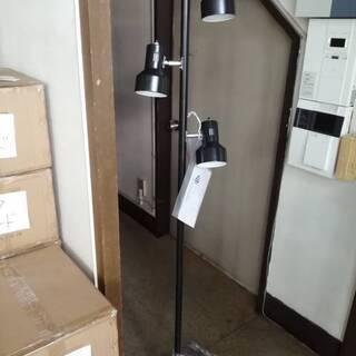 3灯スポットフロアライト(2) ブラック 未使用キズ品