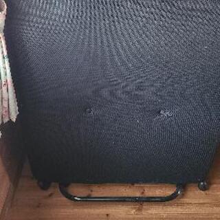 折り畳み式簡易シングルベッド(代理出品)
