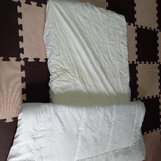 赤ちゃん敷き布団と掛け布団