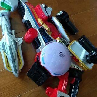 【ネット決済・配送可】戦隊オモチャ