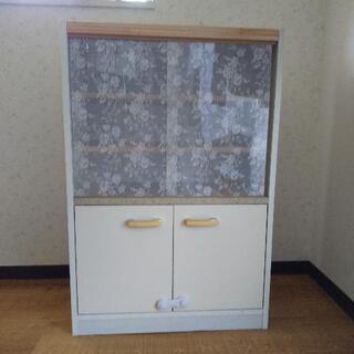 食器棚 一人暮らしまたは2人暮らし
