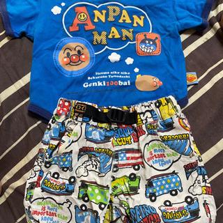 アンパンマンTシャツと車柄ズボンのセット