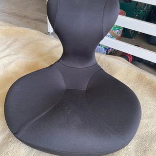 828 骨盤座椅子 凛座 Labonetz