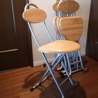 折り畳み椅子 4脚