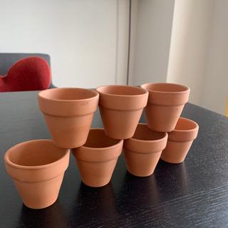 小さな素焼きの植木鉢 7個