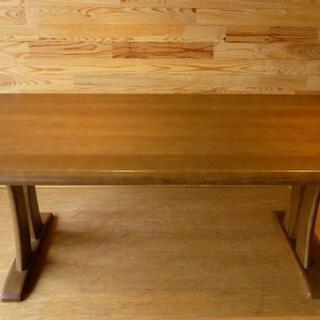 カリモクダイニングテーブル