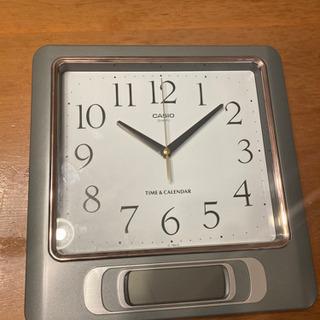掛け時計。カシオ製クォーツ 30センチ四方