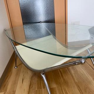 ☆ガラスのローテーブル☆