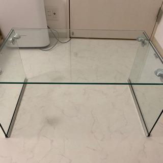 ローテーブル 透明ガラス