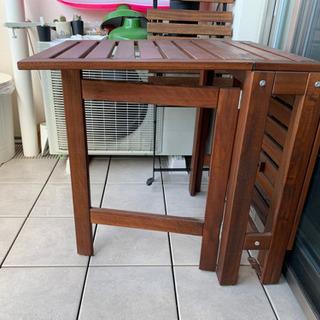 【ネット決済】折り畳み式 コンパクトテーブル 椅子二つセット