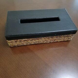 籐製のティッシュケース