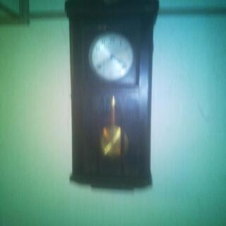 ボンボン柱時計