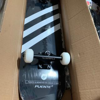 【残り最後の1つ訳あり新品】スケートボード