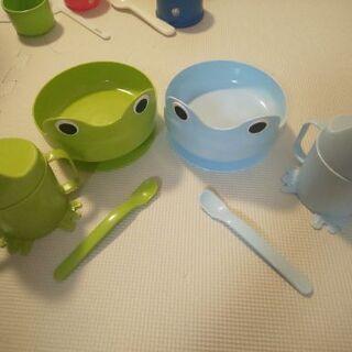 カエルのお皿(ボウル?)、コップ、スプーンのセット