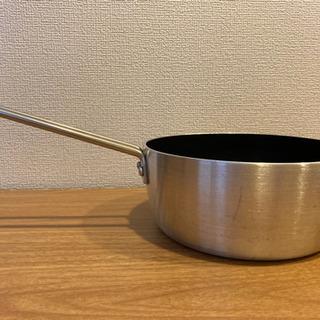 【交渉中につき、募集を一旦停止します】16cmフッ素加工片手鍋 IH可