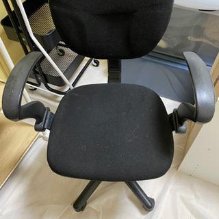 デスクチェアー、椅子