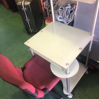 珍しいガラステーブル製デスク 机とイスセット