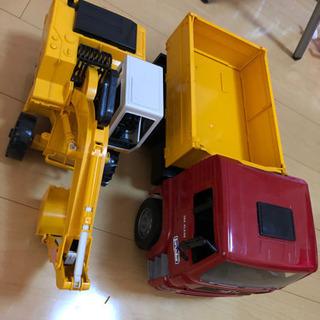 【ネット決済】LIEBHERR トラック ユンボ おもちゃ