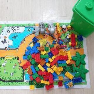 レゴブロック 緑のバケツ