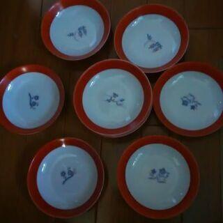 直径約10㎝の綺麗な和小皿10枚セット。