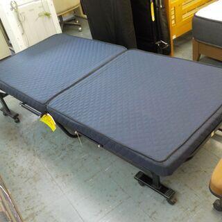 ID:G977497 折ベッド(リクライニングもできます)