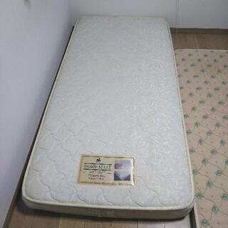 シングルベッドマット無料