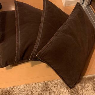 500円/ クッションx 4 ブラウン 50 x 30cm