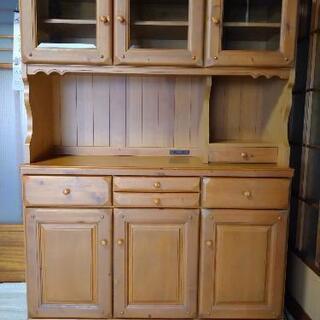 【ネット決済】カントリー調 飾り棚、食器棚