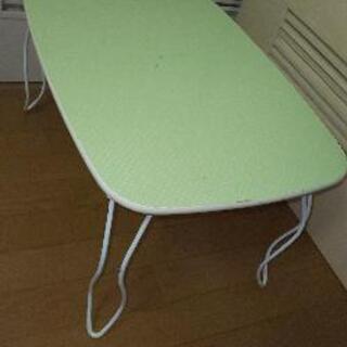 あげます!ミニテーブル エメラルドグリーン 水玉模様