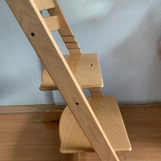 子供用椅子(ストッケ製トリップトラップチェア)差し上げます。