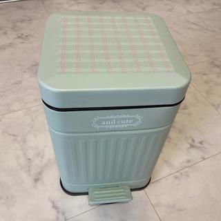 パステルグリーン ゴミ箱