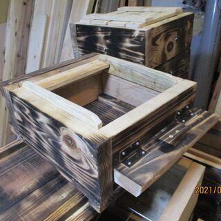 日本蜜蜂巣箱 ・お勧め商品、4段式(激取れ、早く蜜が取れます)、...