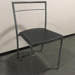 無料 シンプルな椅子