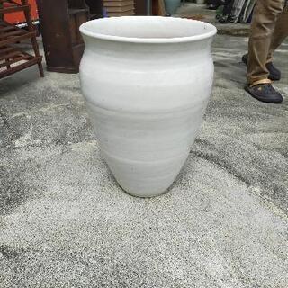 壷 花瓶 白