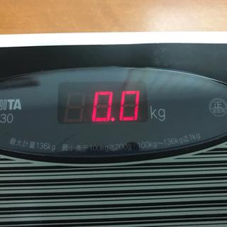 取引中【格安】タニタ体重計 1630BK お洒落🎶 - 大飯郡