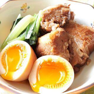 ほろっと柔らか豚の角煮とトロトロ味玉・くるみ饅頭