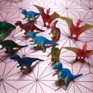 小さい恐竜11体、指輪恐竜❗✨