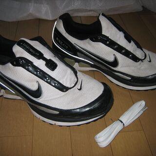 大きい足の人必見!中古品ですが靴どうですか?④